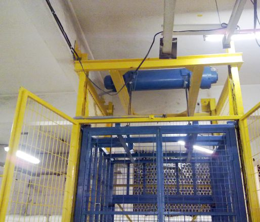 RAIL MOUNTED CABINET CRANES