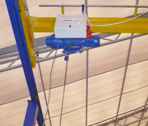 SINGLE-BEAM OVERHEAD TRAVELLING CRANES